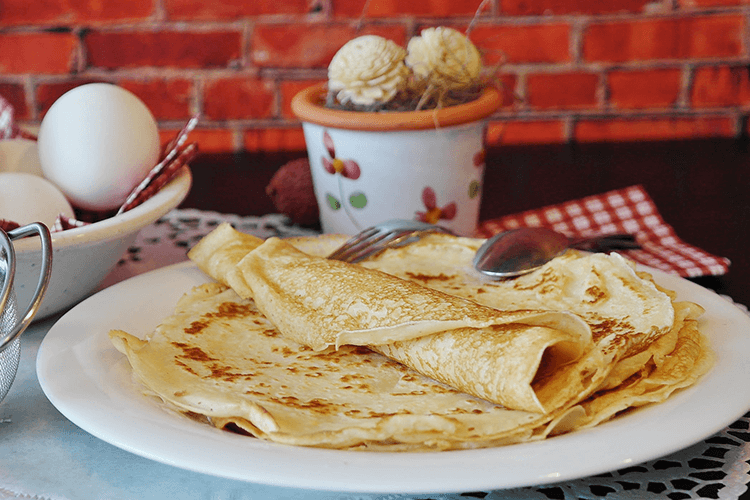 Flat website design - flat British pancakes are a good analogy for flat web design