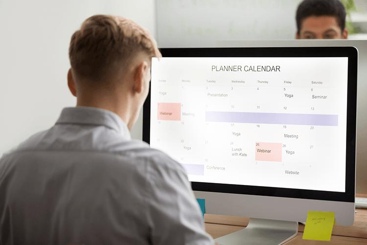 example of calendar app as skeuomorphic design