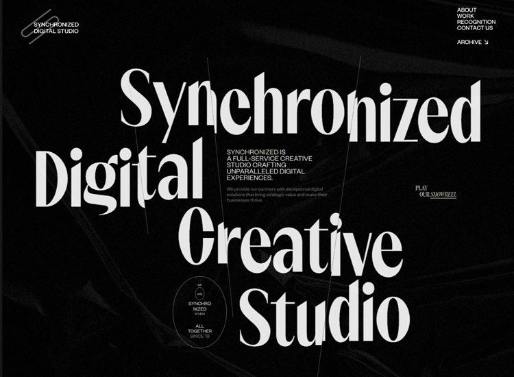 Parallax effect website scrolling - Synchronized Studio